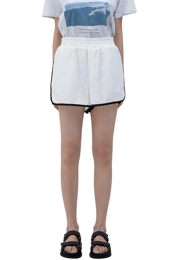 Rollin satin track shorts 短褲