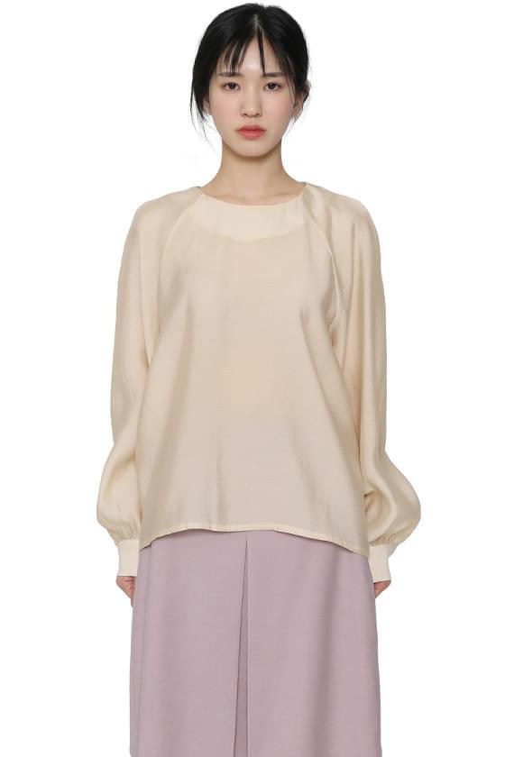 Hepburn balloon blouse