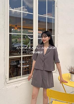 Stand View Button Jacket Back Banding Short Pants Two-Piece Set