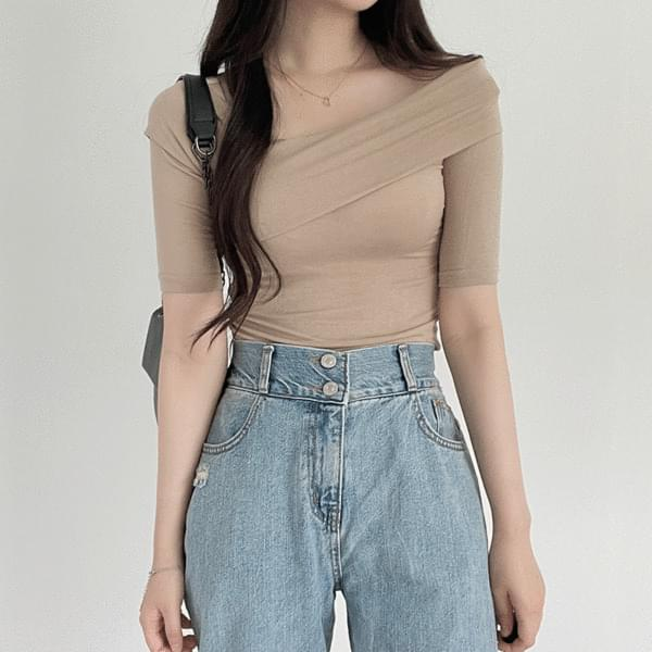 diagonal cross short sleeve off shoulder