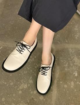Basic Round Derby Loafers