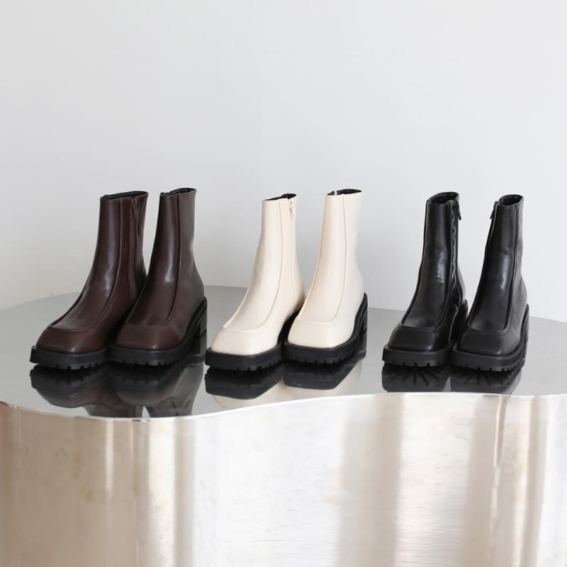 Schaefer Square Ankle Boots 靴子