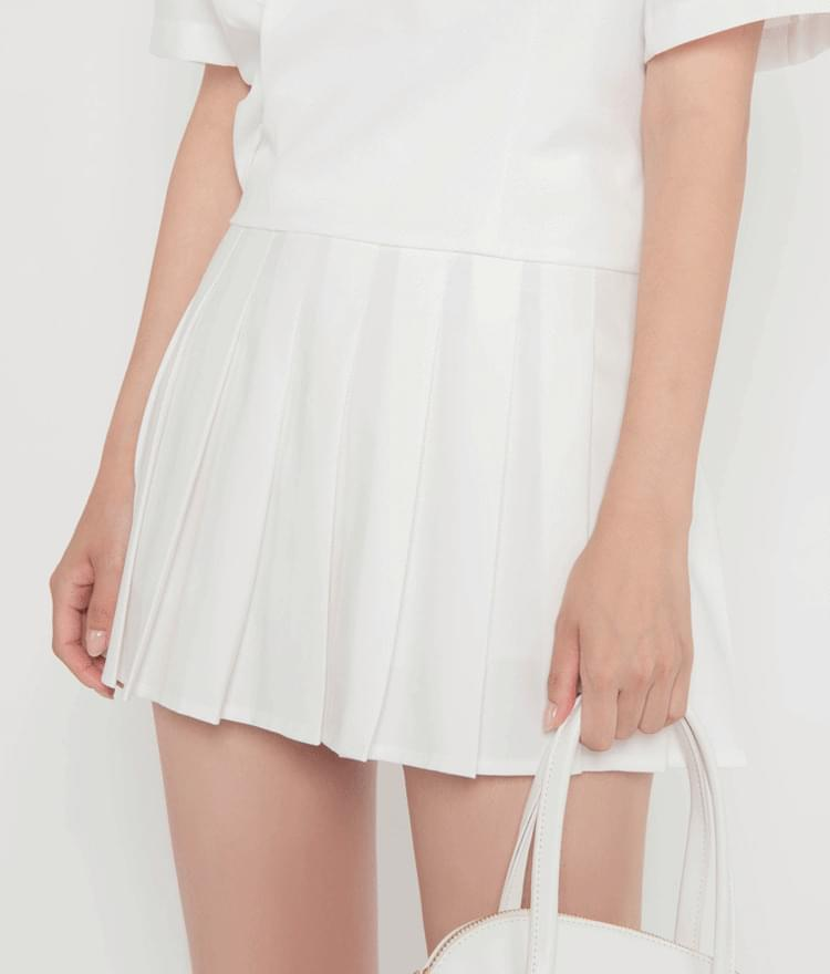 High-Rise Pleated Skirt
