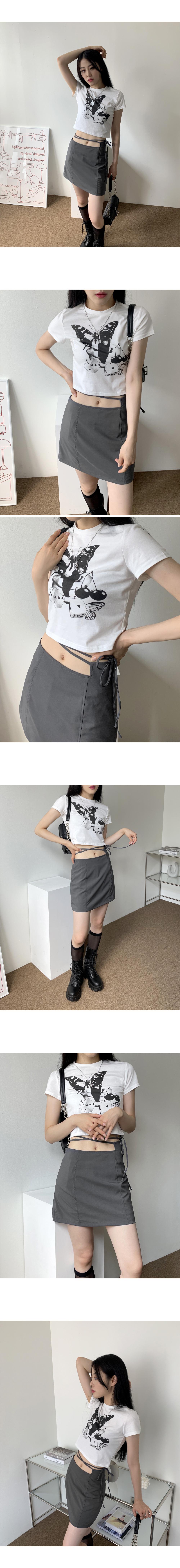Mine Butterfly Vintage Print Crop Short Sleeve T-shirt