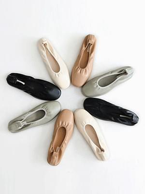 Unusual flat shoes 1cm