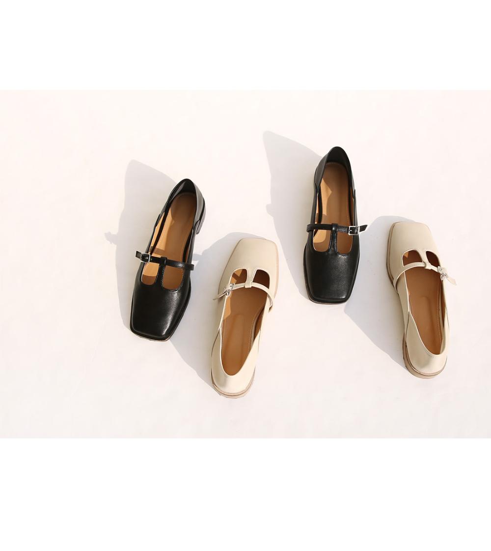 신발 화이트 색상 이미지-S1L12