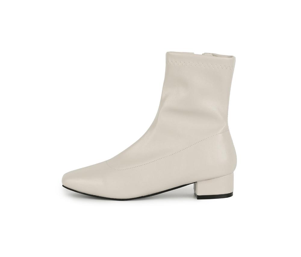 신발 크림 색상 이미지-S1L4