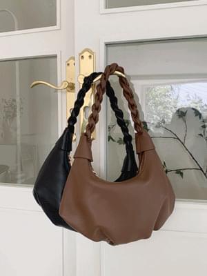 twisted leather shoulder bag
