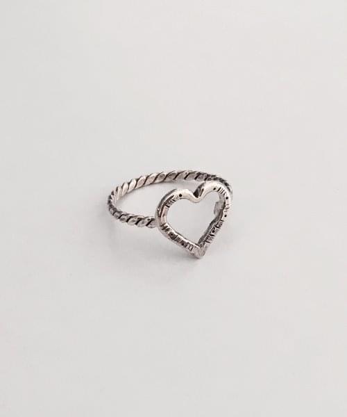 vintage heart ring