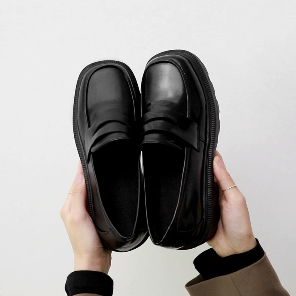 Two material wide square nose whole heel penny loafers 11059 ♡ 2nd sold out♡