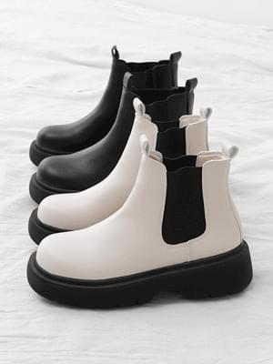 Overoutsole Sidebanding Whole Heel Chelsea Boots 11063