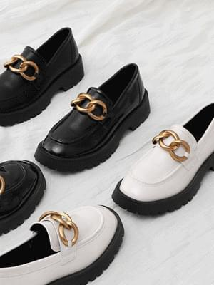 Two-material chain decoration whole heel loafers 11075