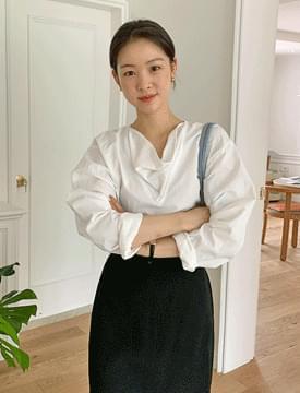 draped balloon blouse