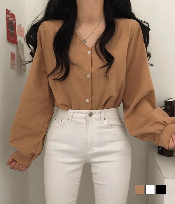 V linen blouse (Delayed delivery)