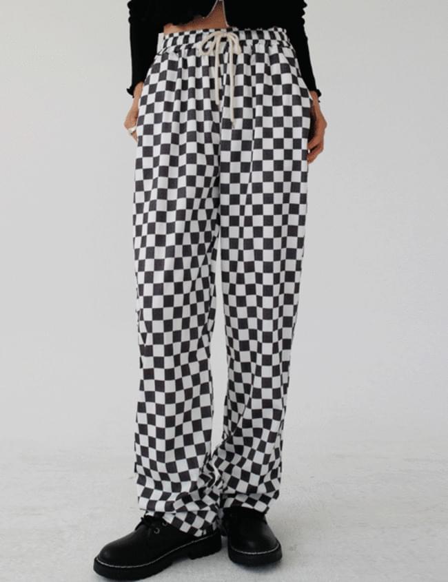 checkerboard training pants