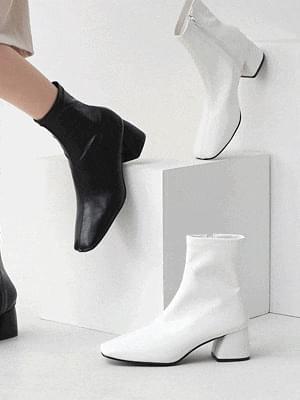 Isshu wide square nose block heel zipper Socks boots 1882