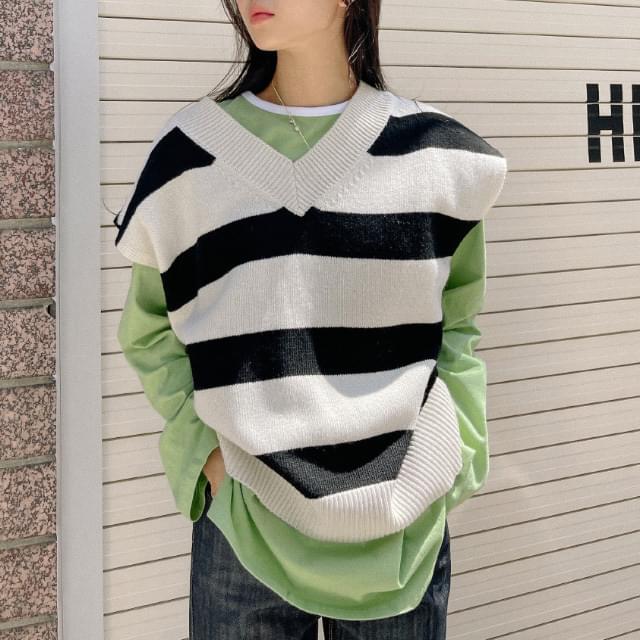 Crush V-Neck Wool Knitwear Vest