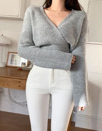 Lilty Yeori Fit Wrap V-Neck Knitwear