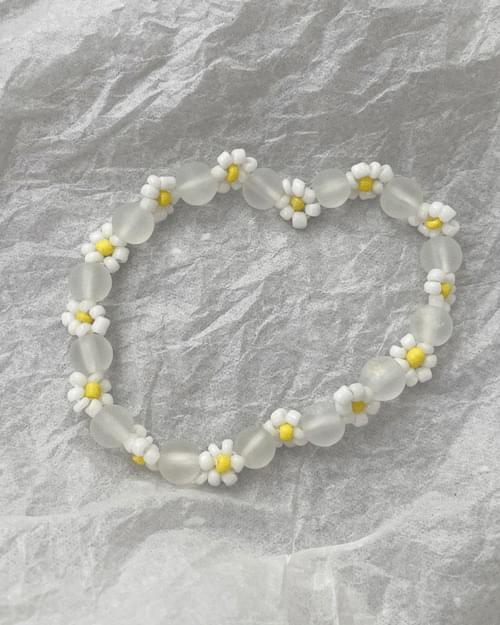 Shai Daisy Flower Beads Bracelet