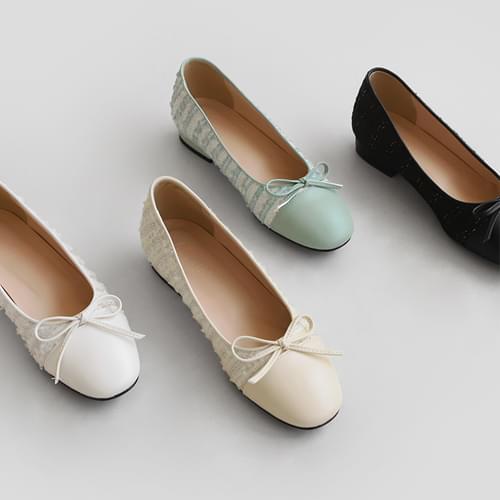 Lemani Ribbon Flat Shoes