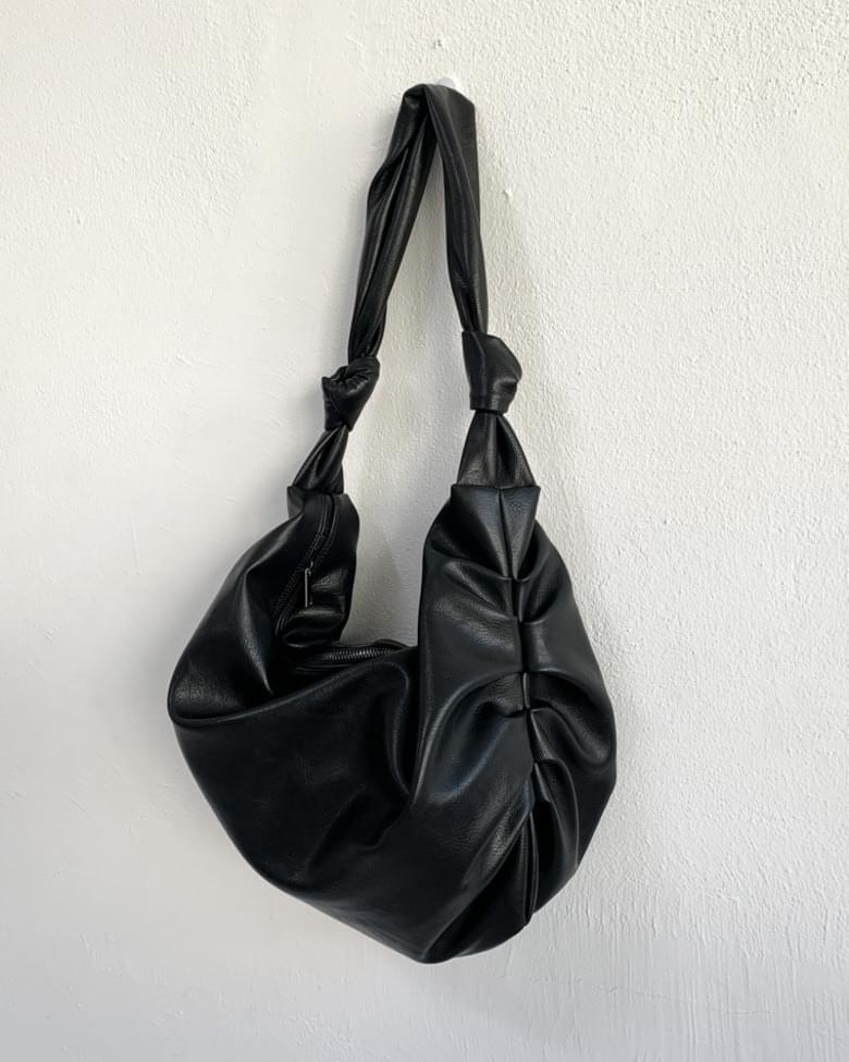 leather shirring shoulder sling bag