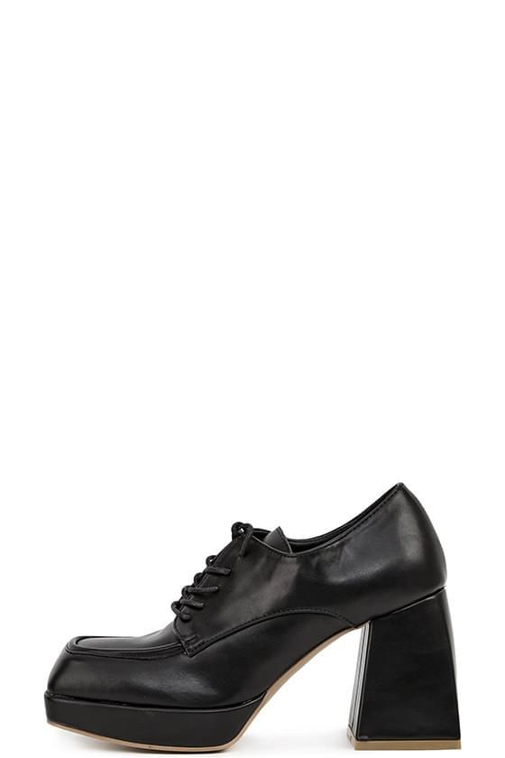 clash square block high heels