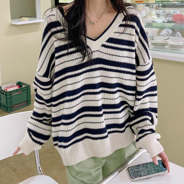Must Loose-fit Stripe Knitwear