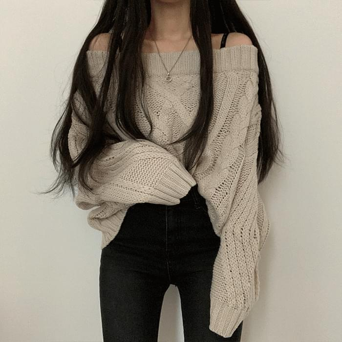 Goddess Force Off Shoulder Thick Knitwear