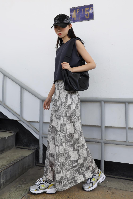 Maxi Unique Banding Skirt
