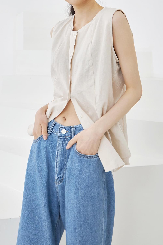 linen line button sleeveless blouse