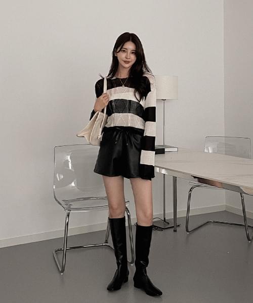 Yeori Striped Knitwear