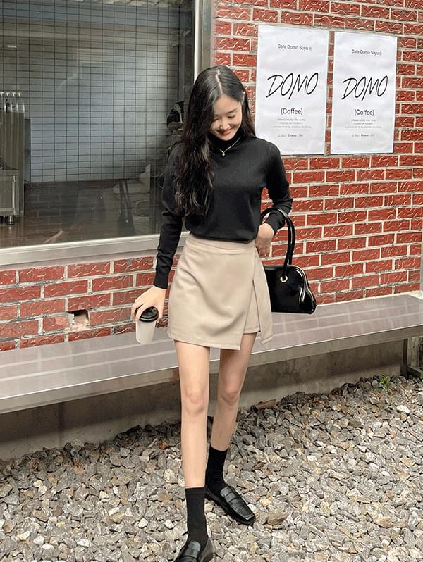 Charming A-line mini skirt pants