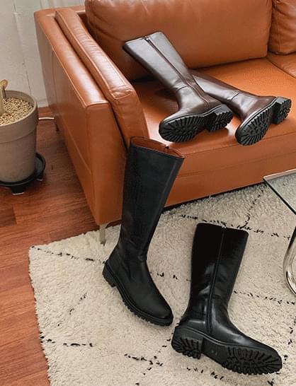 full moon long boots