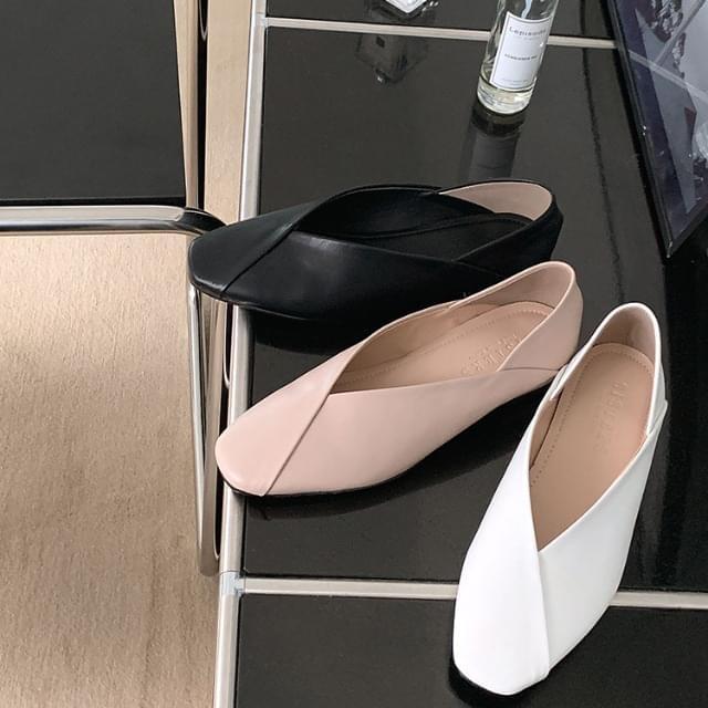 Square diagonal Split flat shoes 2cm