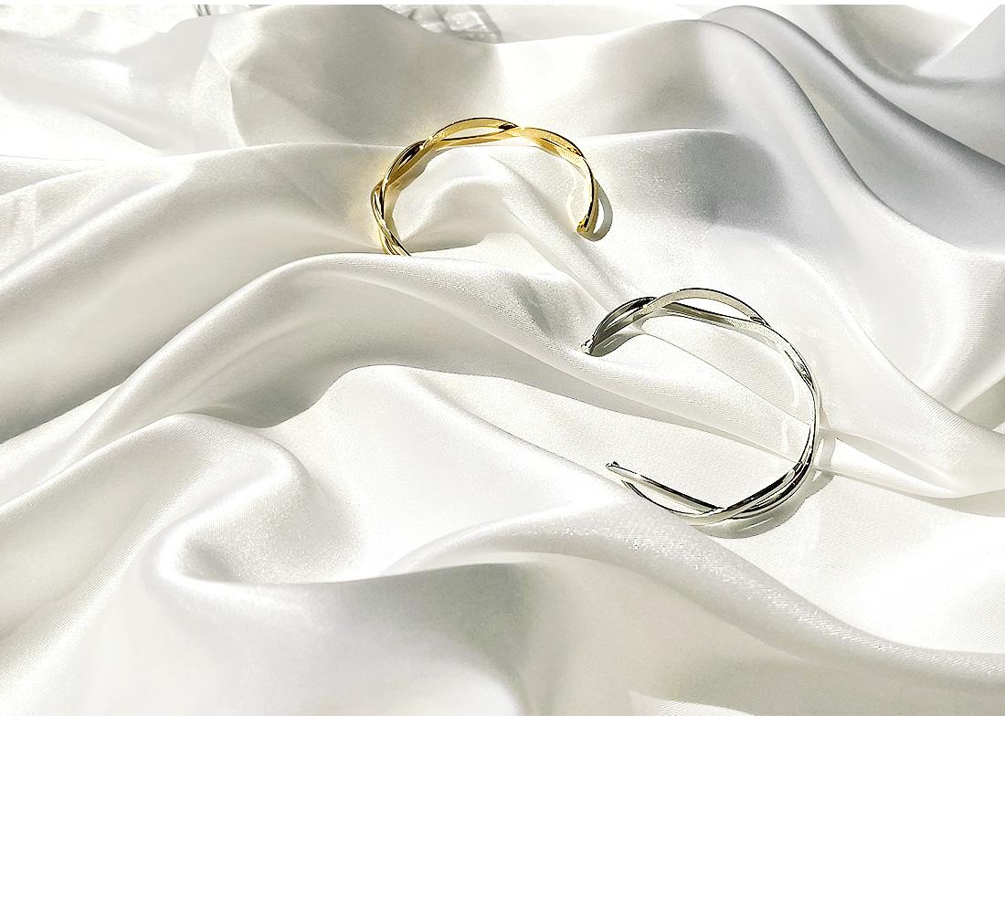 AONDI TWIST RING BRACELET