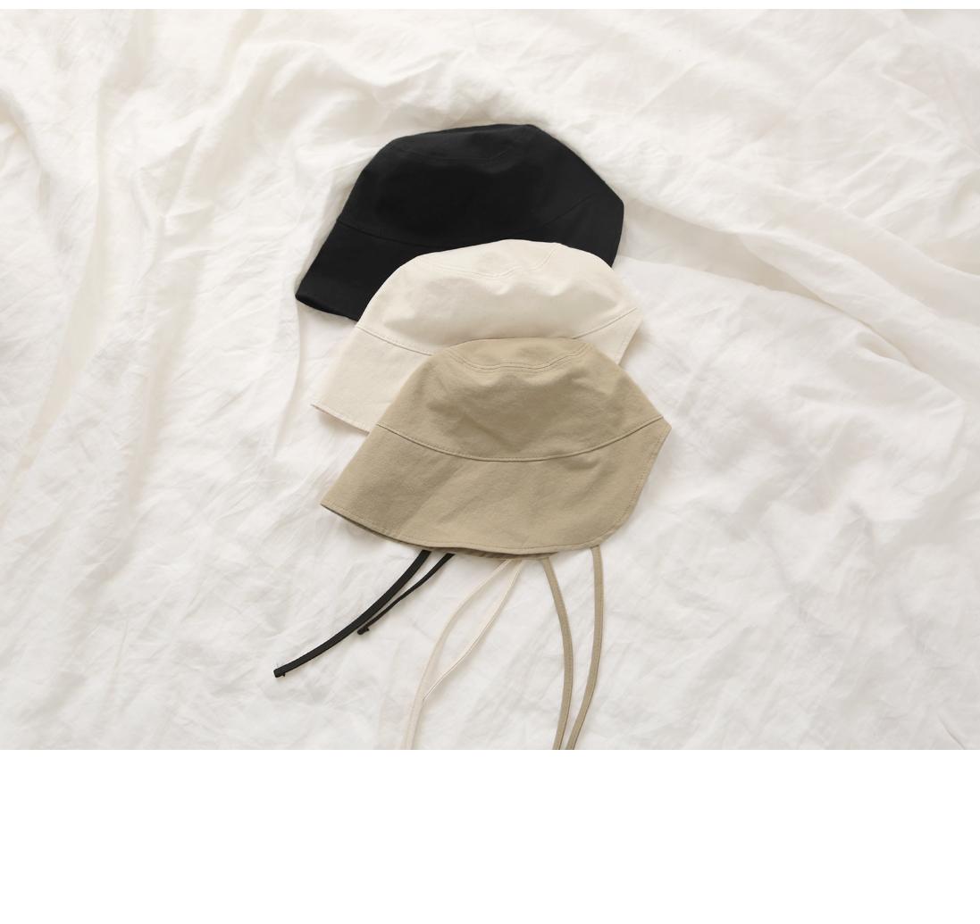 Cutout Accent Bonnet