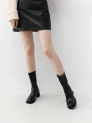 Crude Square Nose Middle Side Zipper Middle Heel Boots 11094