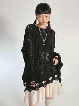 Damage Member Loose-fit Knitwear