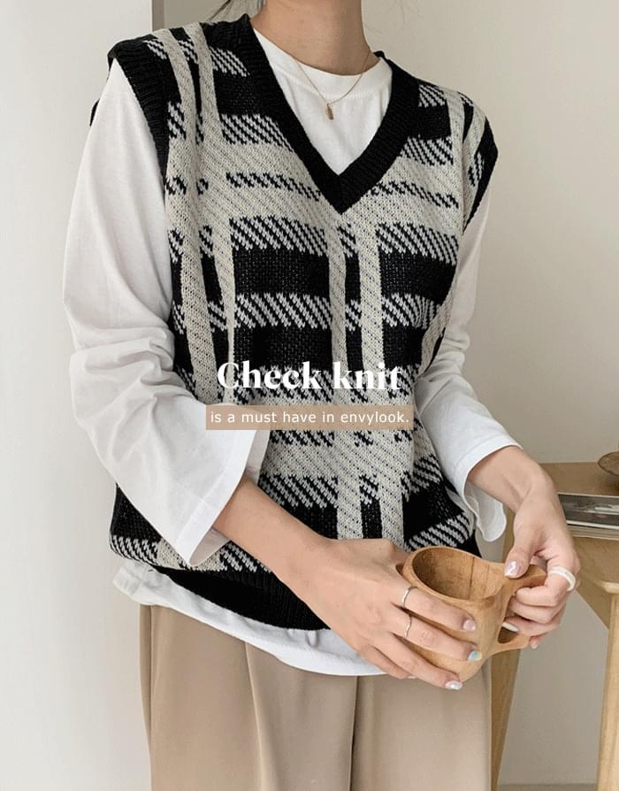 Alice Check vest