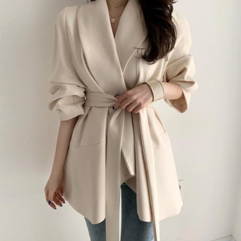 blitz cream belted jacket