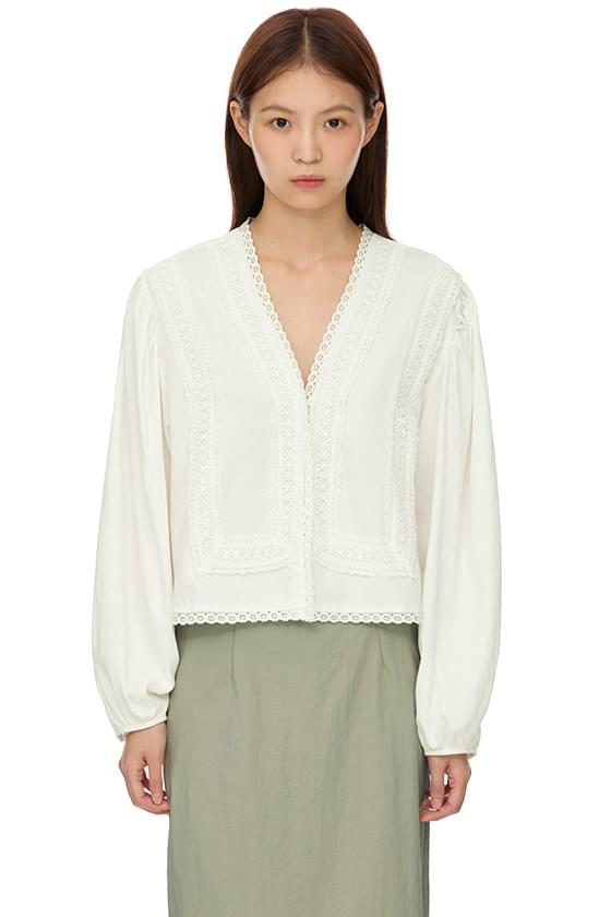 tesset embroidered blouse