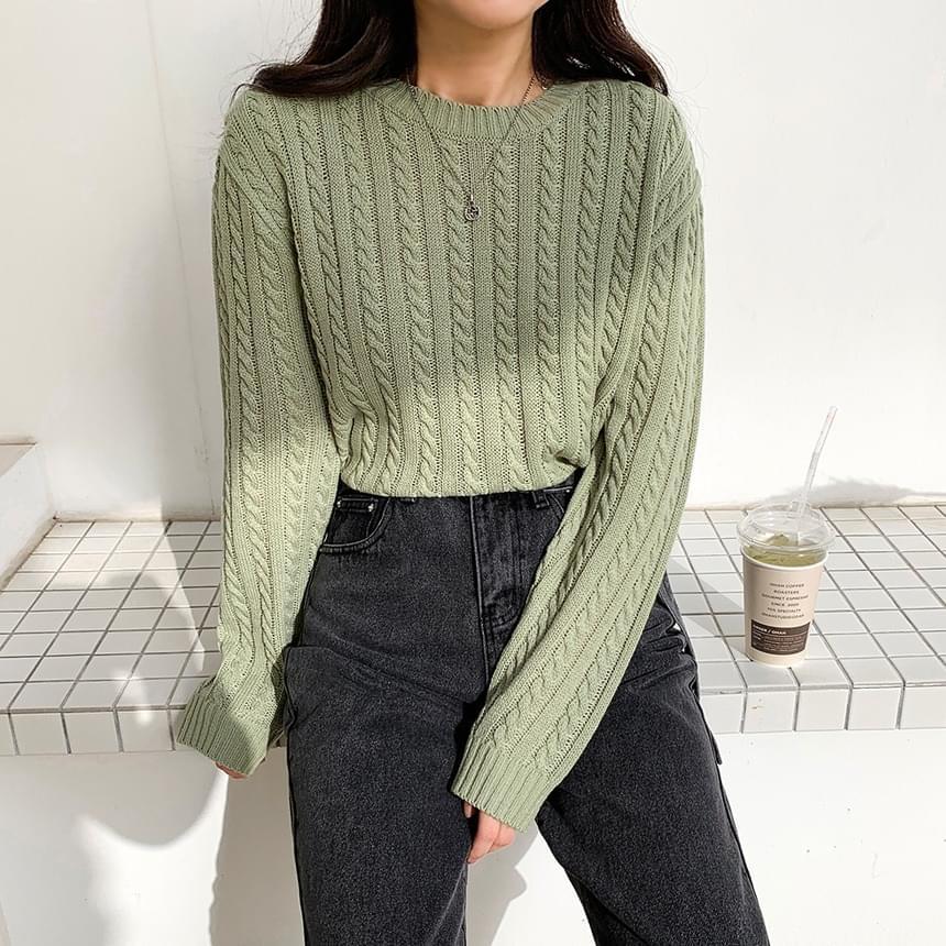 Slim Twisted Crop Knitwear