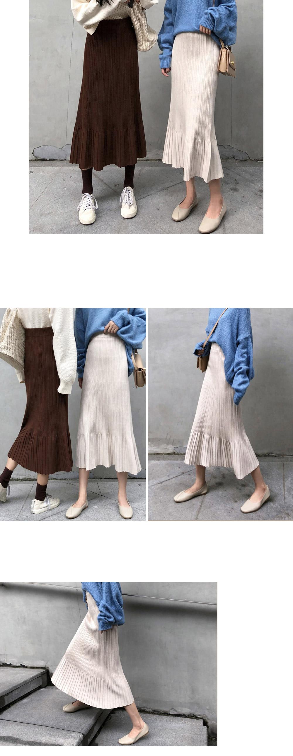 Line Pleated Long Knitwear Skirt