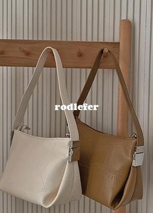 rodefur strap shoulder bag