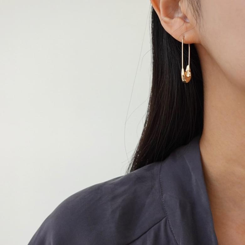 Bold Line Nickel-Free Stitch Earrings