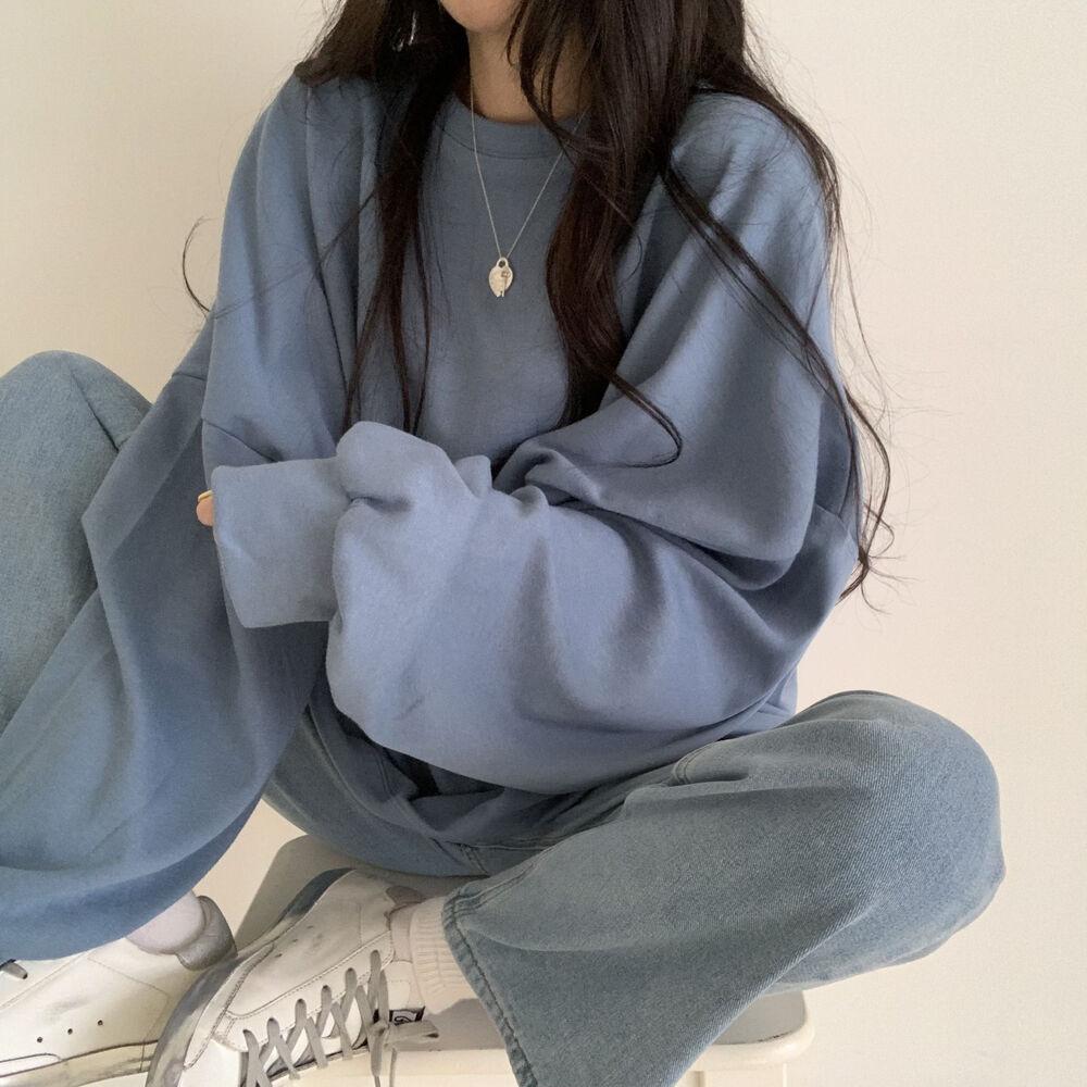 Sweatshirt protective instinct