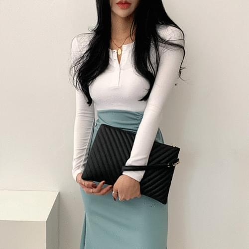 handle celebrity quilted clutch bag