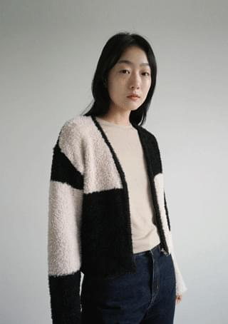 bold checker fuzzy cardigan
