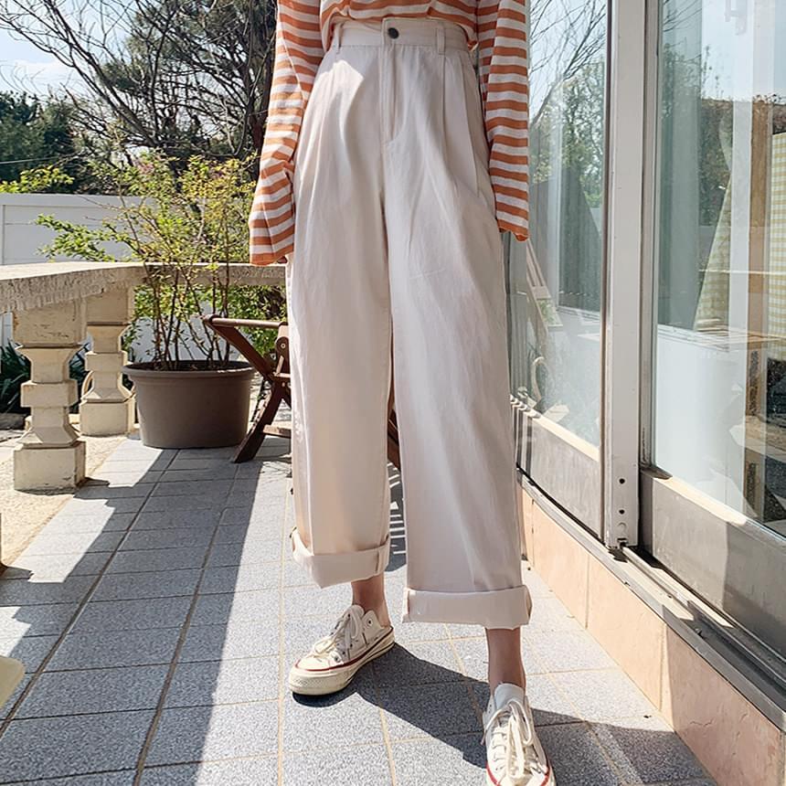 Creamy Chino Pants