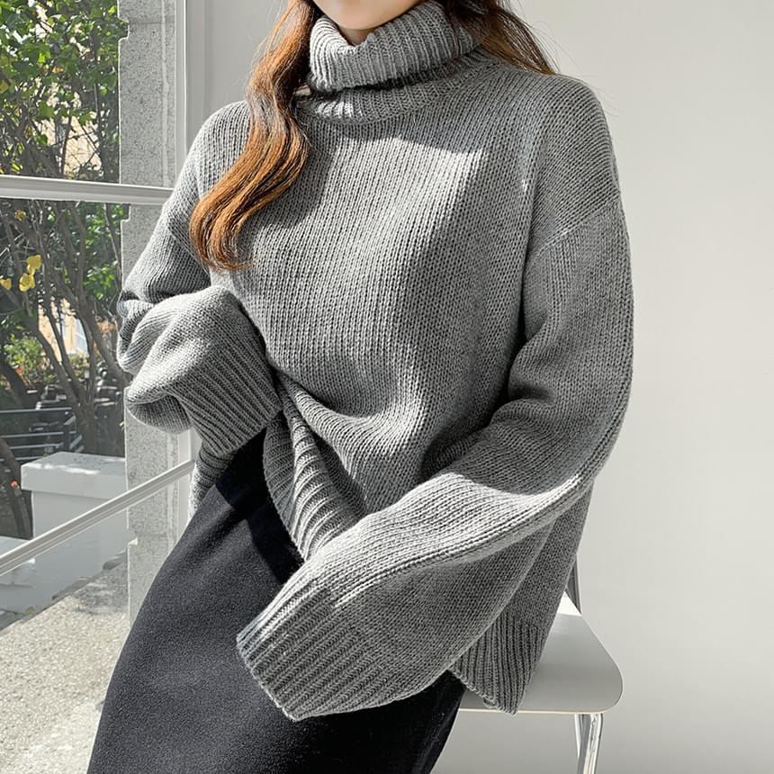 Rams Wool Turtle Knitwear